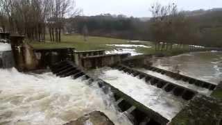 El pantano del Ebro, al 96%, desembalsando agua