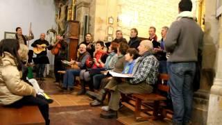 La Pozona cantó villancicos en Requejo