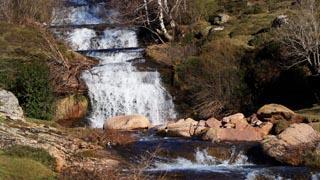 El Híjar, salvaje, a su paso por Cirezos