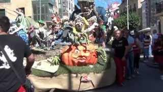 Elaboración y desfile de carrozas San Mateo 2014