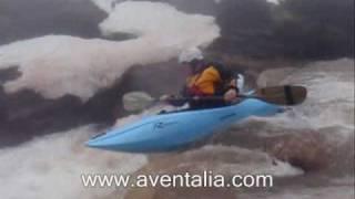 Kayak en el río Híjar (Alto Campoo)