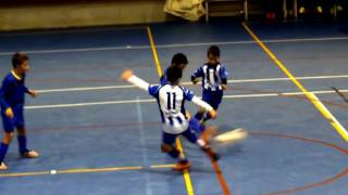 Naval y Campoo de Emedio (benjamín sala) empatan a tres goles