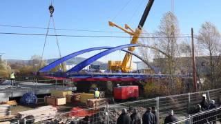 El nuevo puente sobre el Híjar ya une las dos orillas reinosanas