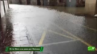 El río Ebro se desborda a su paso por Campoo