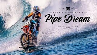 Robbie Maddison surfea con su moto en Tahití
