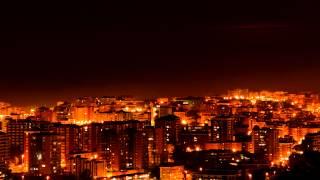 Luna en la ciudad (time lapse)